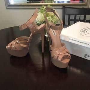 Steve Madden (YSL) lookalike heel in nude size 10